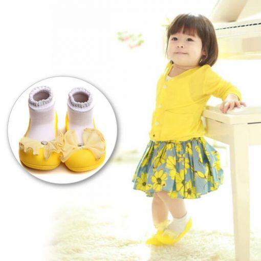 Giầy tập đi Attipas Crystal Yellow AQ03 -giày bé gái tập đi, giầy xinh cho bé gái 1 tuổi