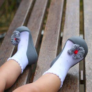 Giầy tập đi Attipas Ribbon Gray A18RG - giày xinh cho bé gái tập đi - giày tập đi cho bé gái