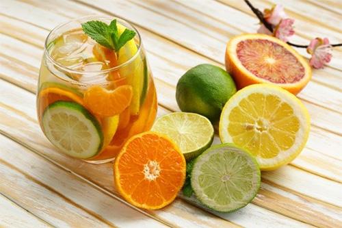 22 thực phẩm giải nhiệt cho bé, nước uống mát cho bé attipas.vn